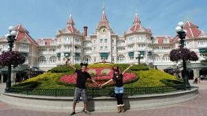 Liburan di Disneyland Paris