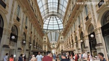 Liburan di Milan Italia, Duomo Milano & Galleria Vittorio Emanuele II (30)